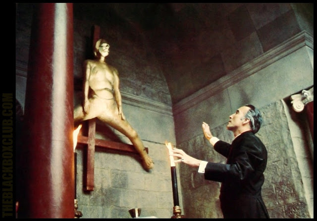 To the Devil a Daughter / Une fille pour le diable (1976)