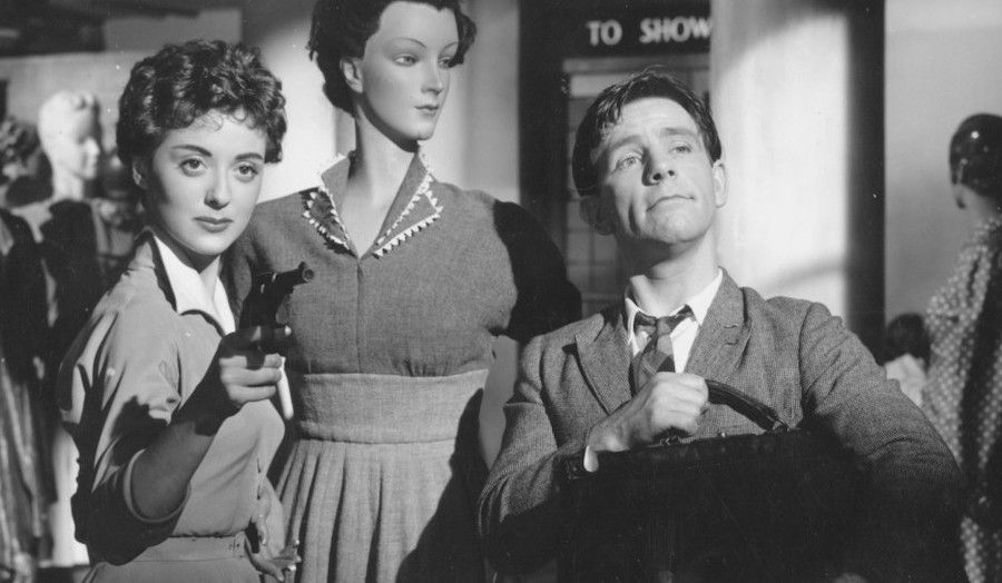 Trouble in Store / Le roi de la pagaille (1953)