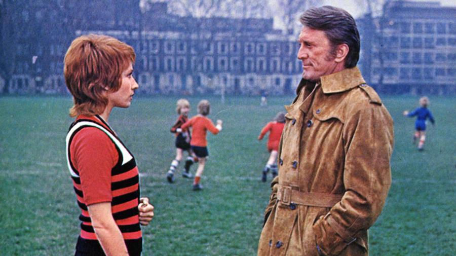 Catch Me a Spy / Les doigts croisés (1971)