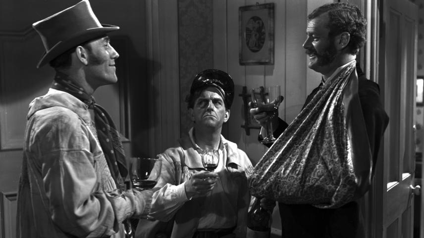 Champagne Charlie (1944)